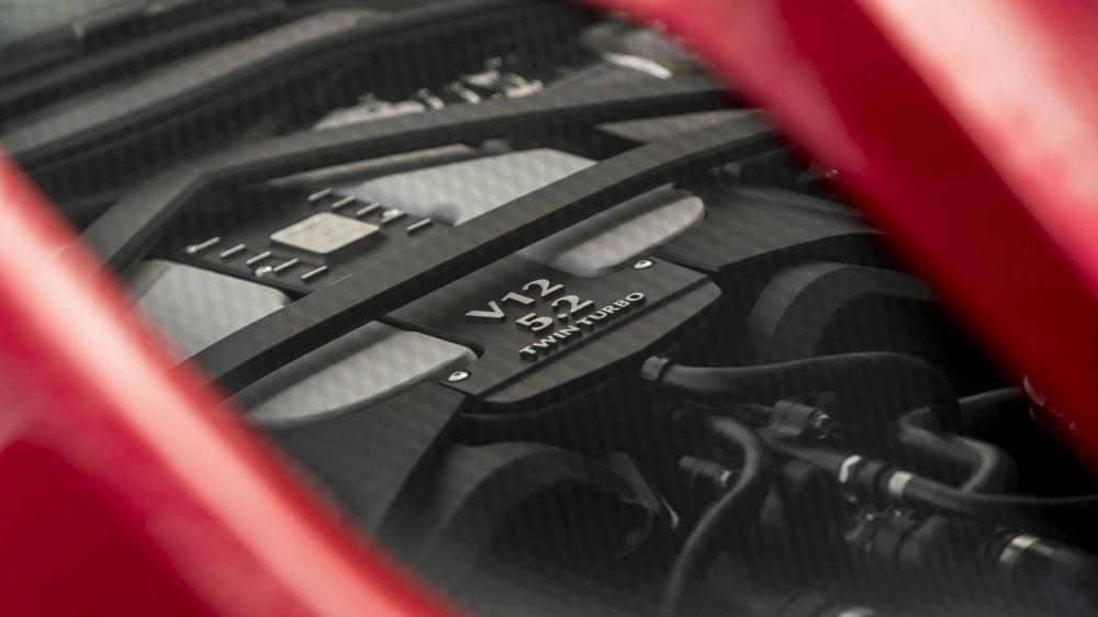 Aston Martin DBS Superleggera 2018 5