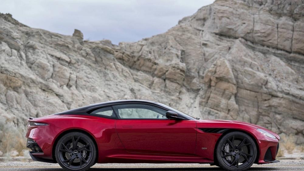 Aston Martin DBS Superleggera 2018 2