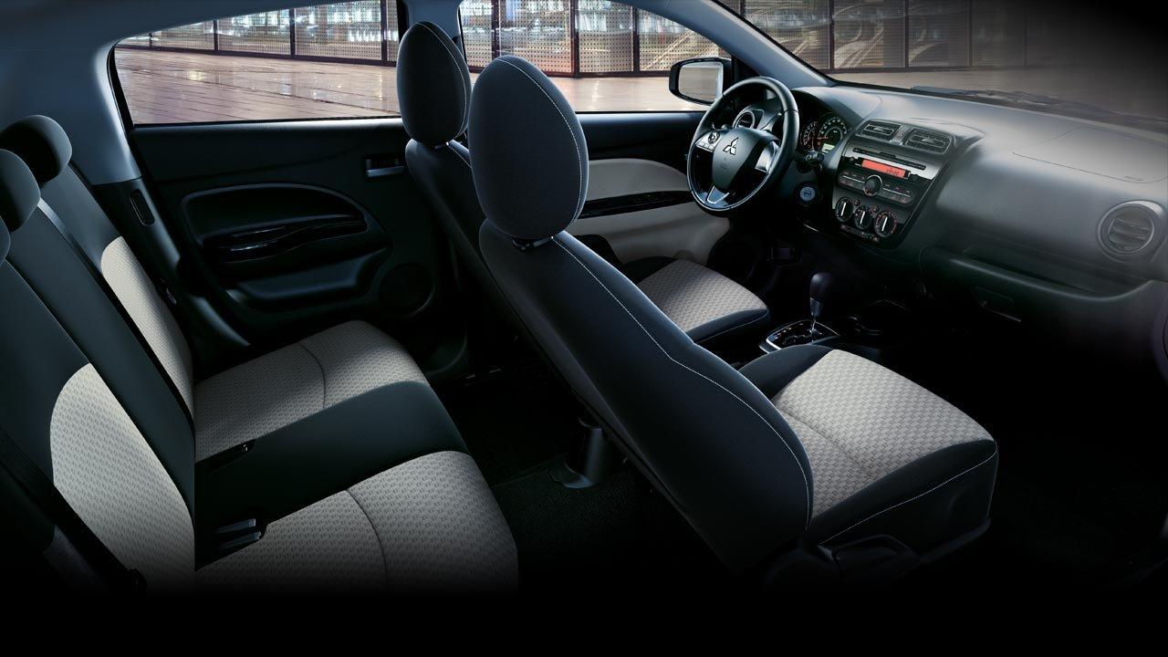 Đánh giá xe Mitsubishi Mirage 2019 CVT: Hàng ghế sau có thể gập lại theo tỷ lệ 60/40 1