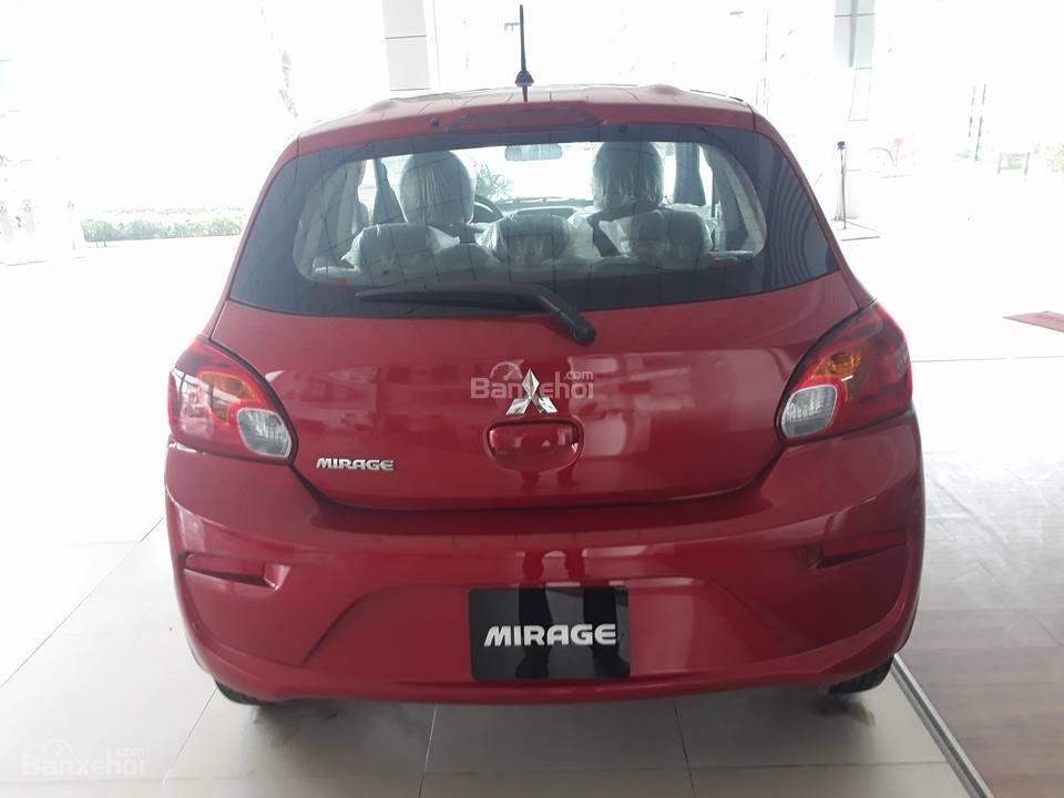 Đánh giá xe Mitsubishi Mirage 2019 CVT về thiết kế đuôi xe a1