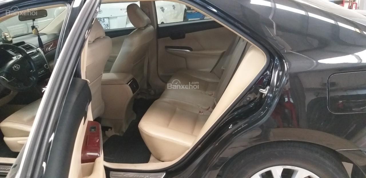 Bán Toyota Camry 2.0E đời 2012, màu đen giá thương lượng khi xem mua xe-6