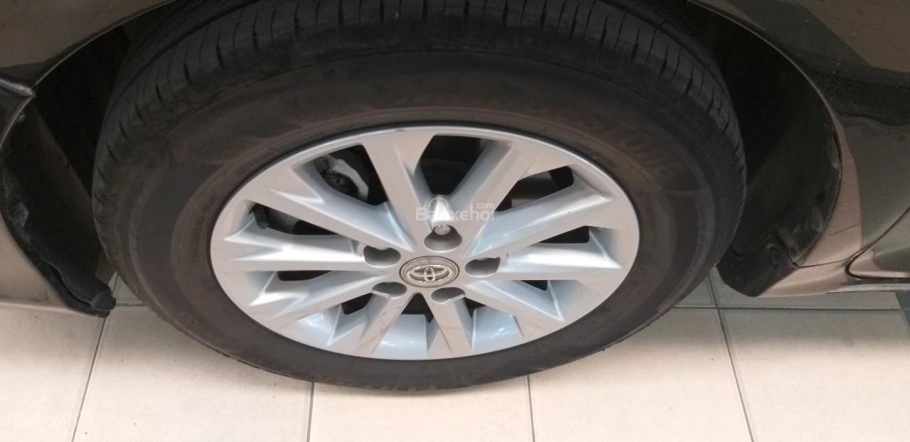 Bán Toyota Camry 2.0E đời 2012, màu đen giá thương lượng khi xem mua xe-7