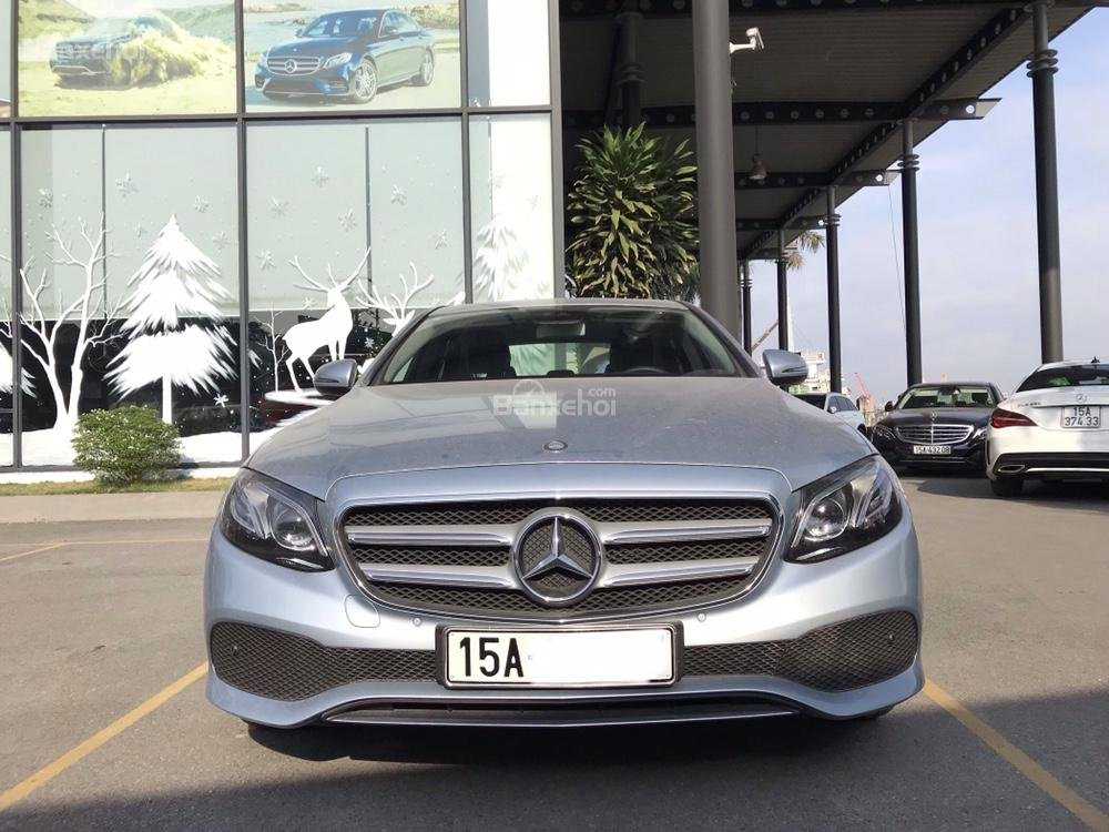 Bán xe Mercedes E250 đời 2018, màu xanh ngọc-5