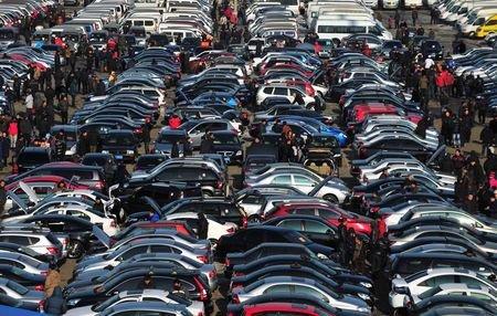 Trung Quốc siết chặt đầu tư ngành công nghiệp ô tô - 1