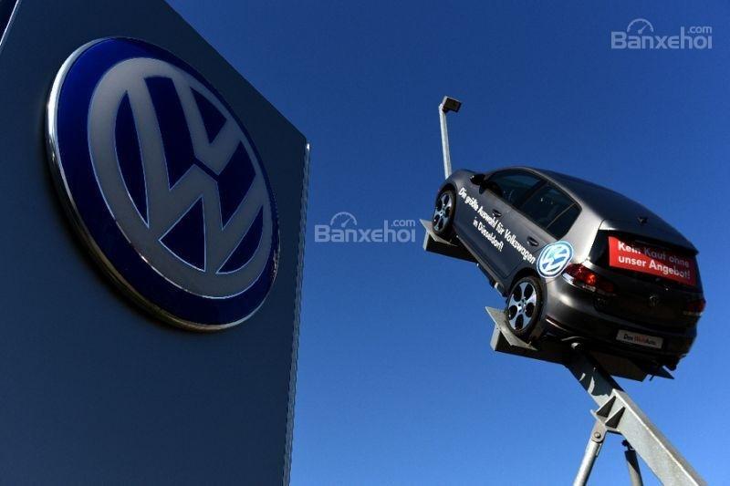 Volkswagen gây sốc khi bán xe thử nghiệm