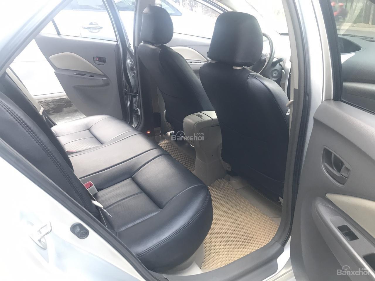 Bán Toyota Vios 1.5 E sản xuất năm 2013, màu bạc, xe cực đẹp-14