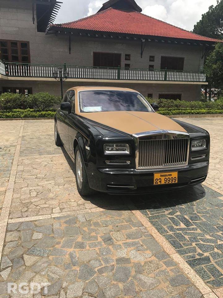 Rolls-Royce Phantom Series II màu hiếm đang rao bán tại Sài Gòn a2