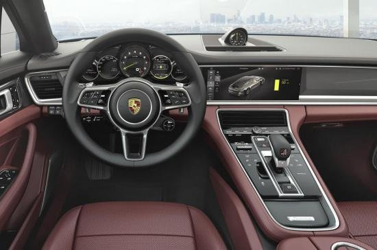 Lỗi vô lăng, 78.000 xe Porsche Panamera bị triệu hồi.