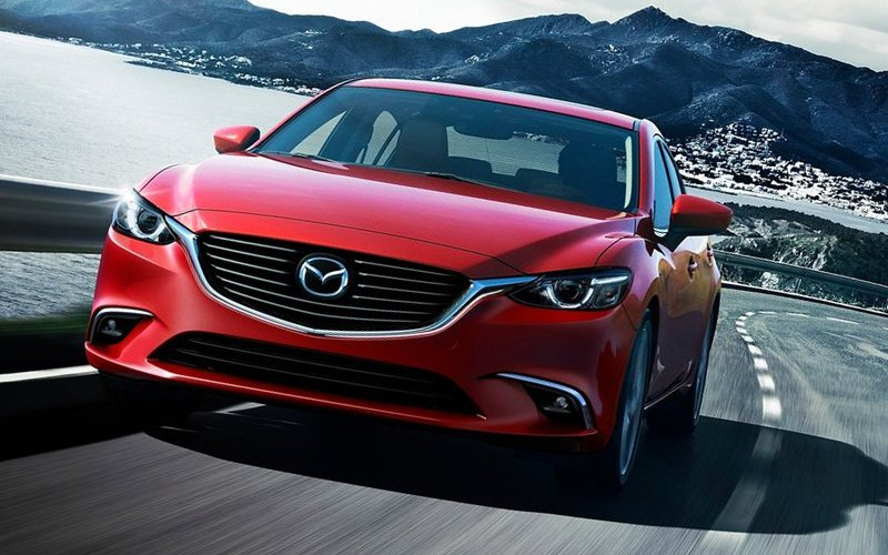 Mazda 6 .