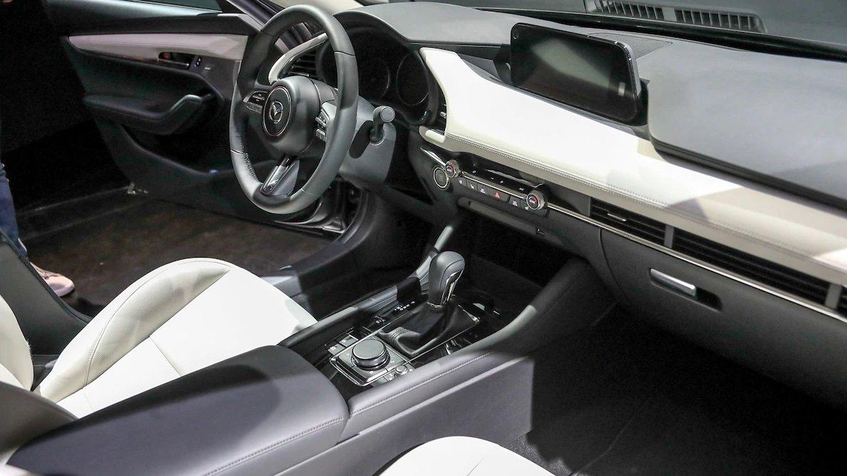 Lộ bằng chứng cho thấy Mazda 3 2019 đã sản xuất thương mại a13