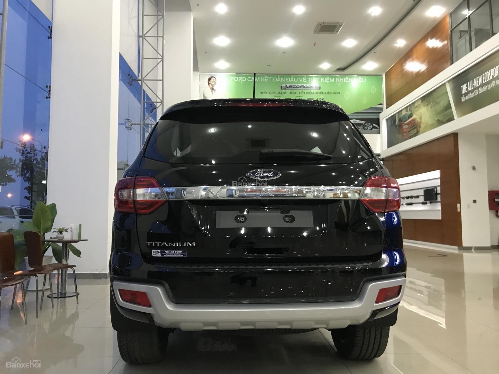 Bán Ford Everest Titanium 4x2 2019, lh 0934799119-2
