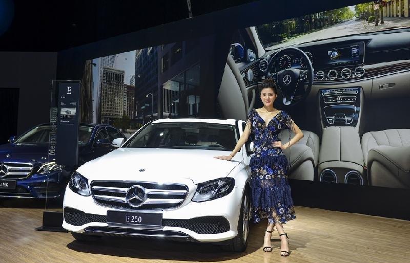 Mercedes-Benz E250 2019 là một mẫu xe sở hữu thiết kế nổi trội a1