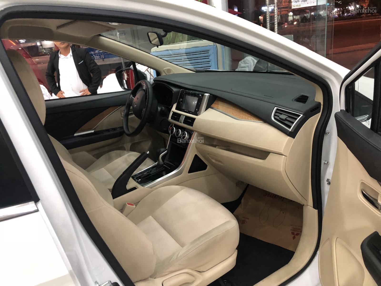 [Siêu Hot] Mitsubishi Xpander nhập nguyên chiếc từ Indo, động cơ 1.5, kinh doanh tốt. LH: 0905.91.01.99-8