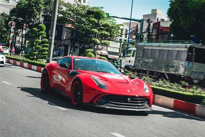 Chiêm ngưỡng siêu xe Ferrari F12 Berlinetta hơn 22 tỷ của đại gia Vũng Tàu 1.
