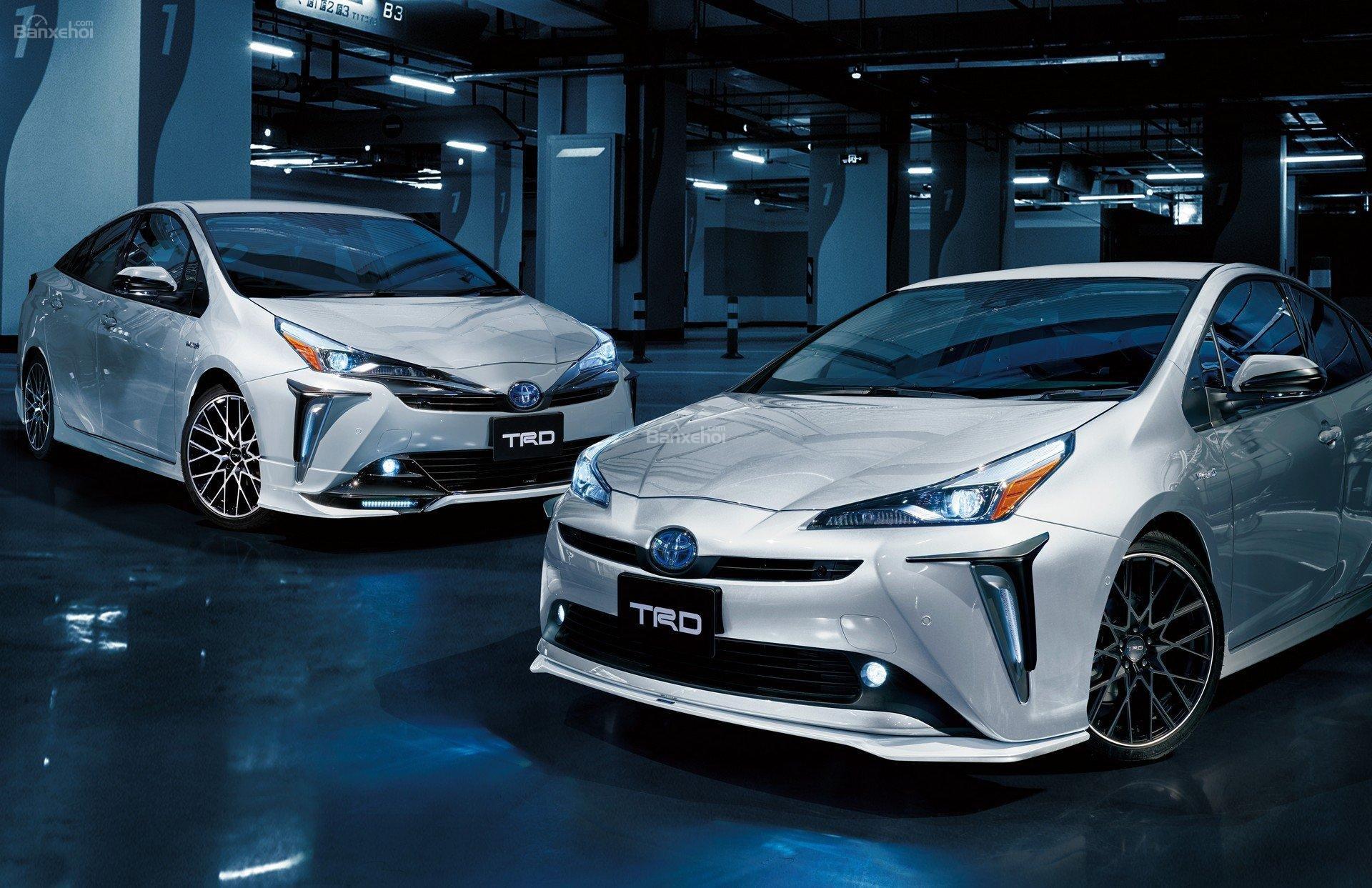 Toyota Prius TRD 2019 ảnh 01