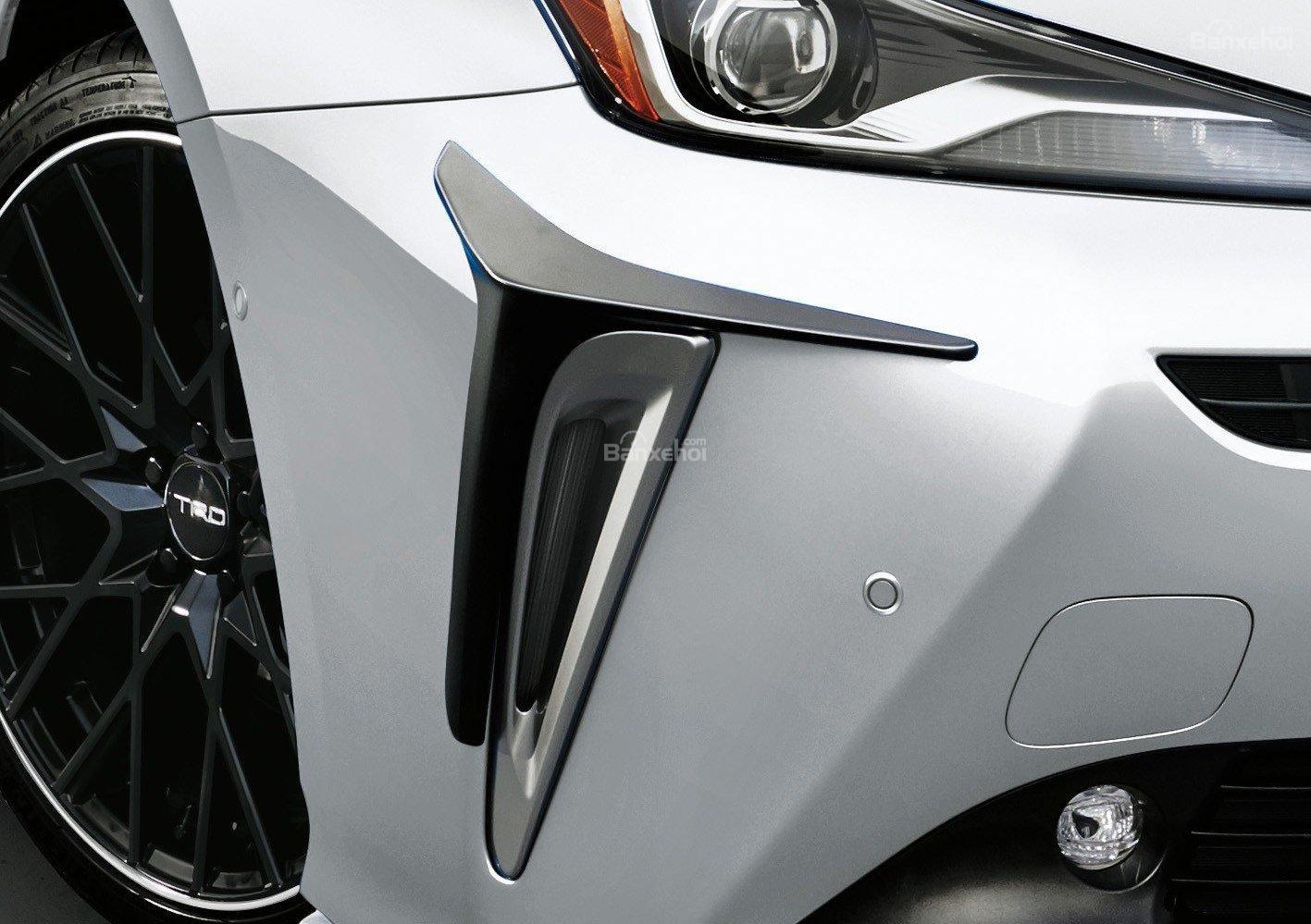 Toyota Prius TRD 2019 ảnh 03