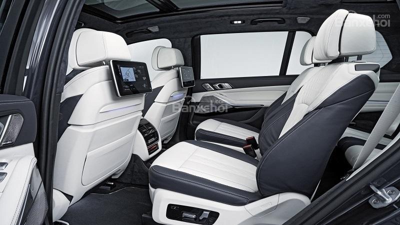 So sánh Lexus LX570 2019 và Cadillac Escalade 2019 15...