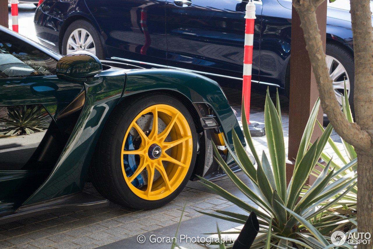 """McLaren Senna của đại gia Trung Đông gây ấn tượng với """"bộ cánh"""" đa sắc màu a8"""