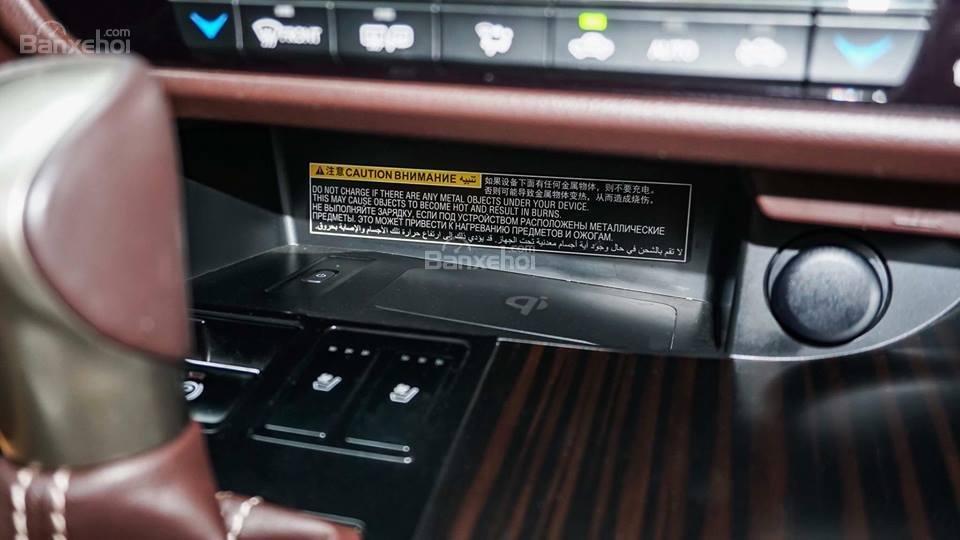 Bán Lexus RX 200T năm sản xuất 2016, màu trắng, xe nhập khẩu chính hãng, đã qua sử dụng (8)