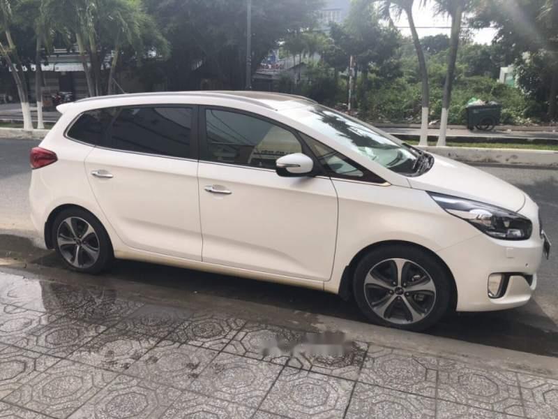 Bán ô tô Kia Rondo GATH năm sản xuất 2016, màu trắng như mới giá cạnh tranh (1)