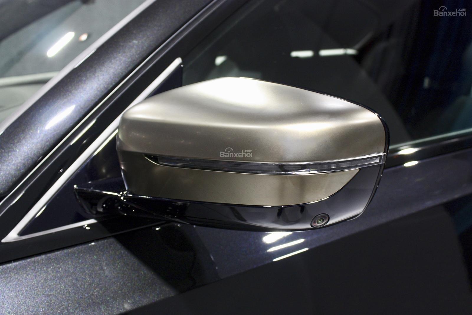 Gương chiếu hậu xe BMW M340i 2020