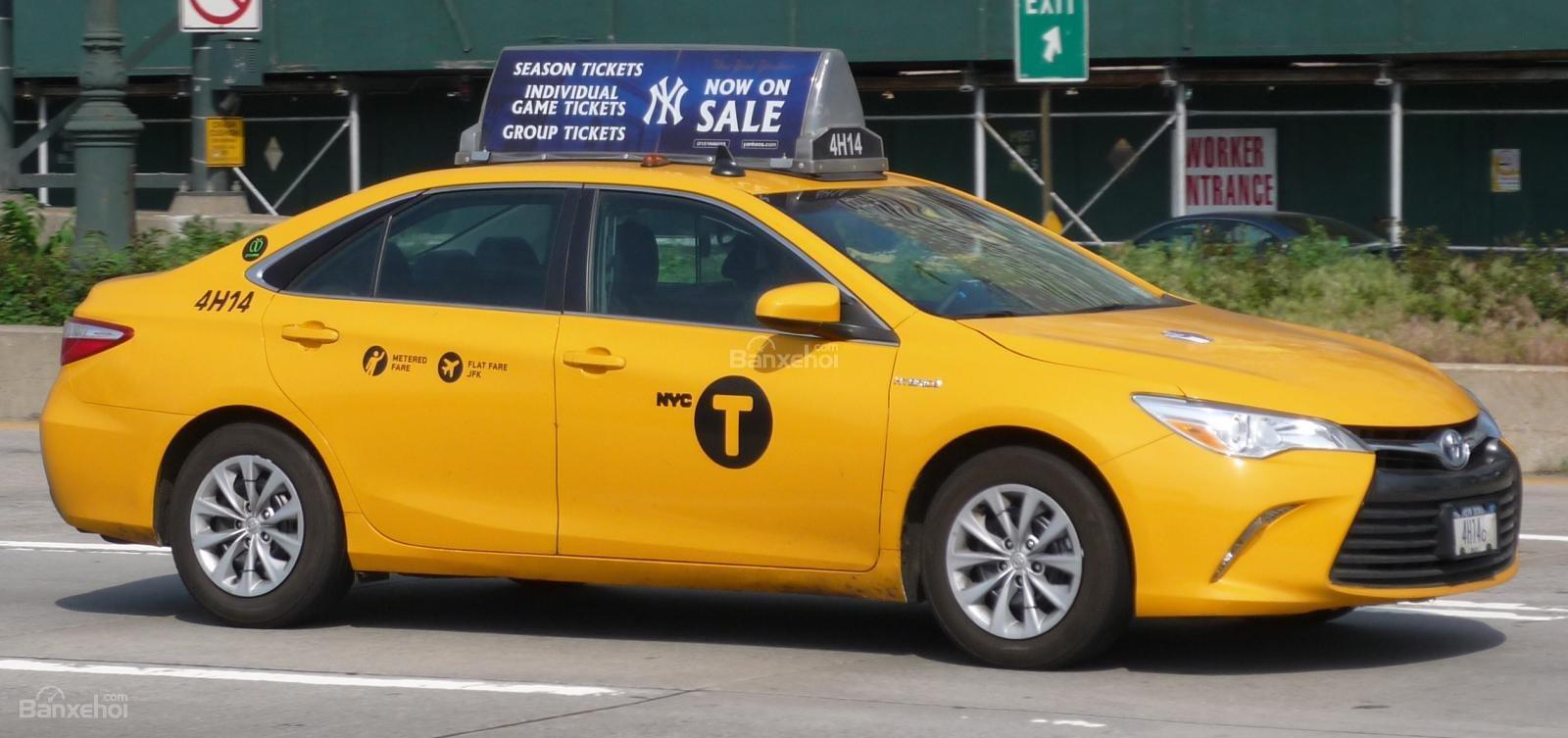 Toyota Camry chạy taxi tại Mỹ...