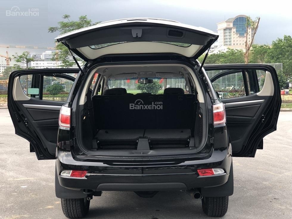 Bán Trailblazer 7 chỗ, nhập khẩu, vay 95% lăn bánh 160tr, đủ màu giao ngay, giá ưu đãi đặc biệt - Liên hệ: 0961.848.222-2