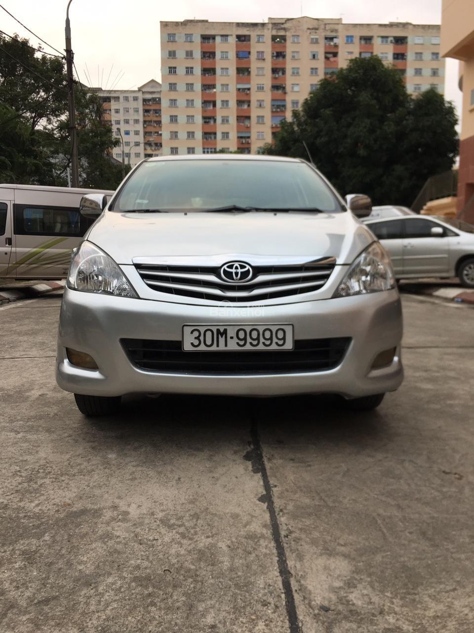 Bán xe Toyota Innova G chính chủ, biển siêu đẹp tứ quý 30M-9999-0