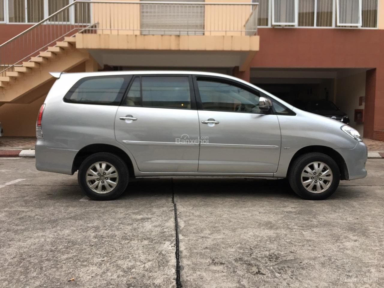Bán xe Toyota Innova G chính chủ, biển siêu đẹp tứ quý 30M-9999-2