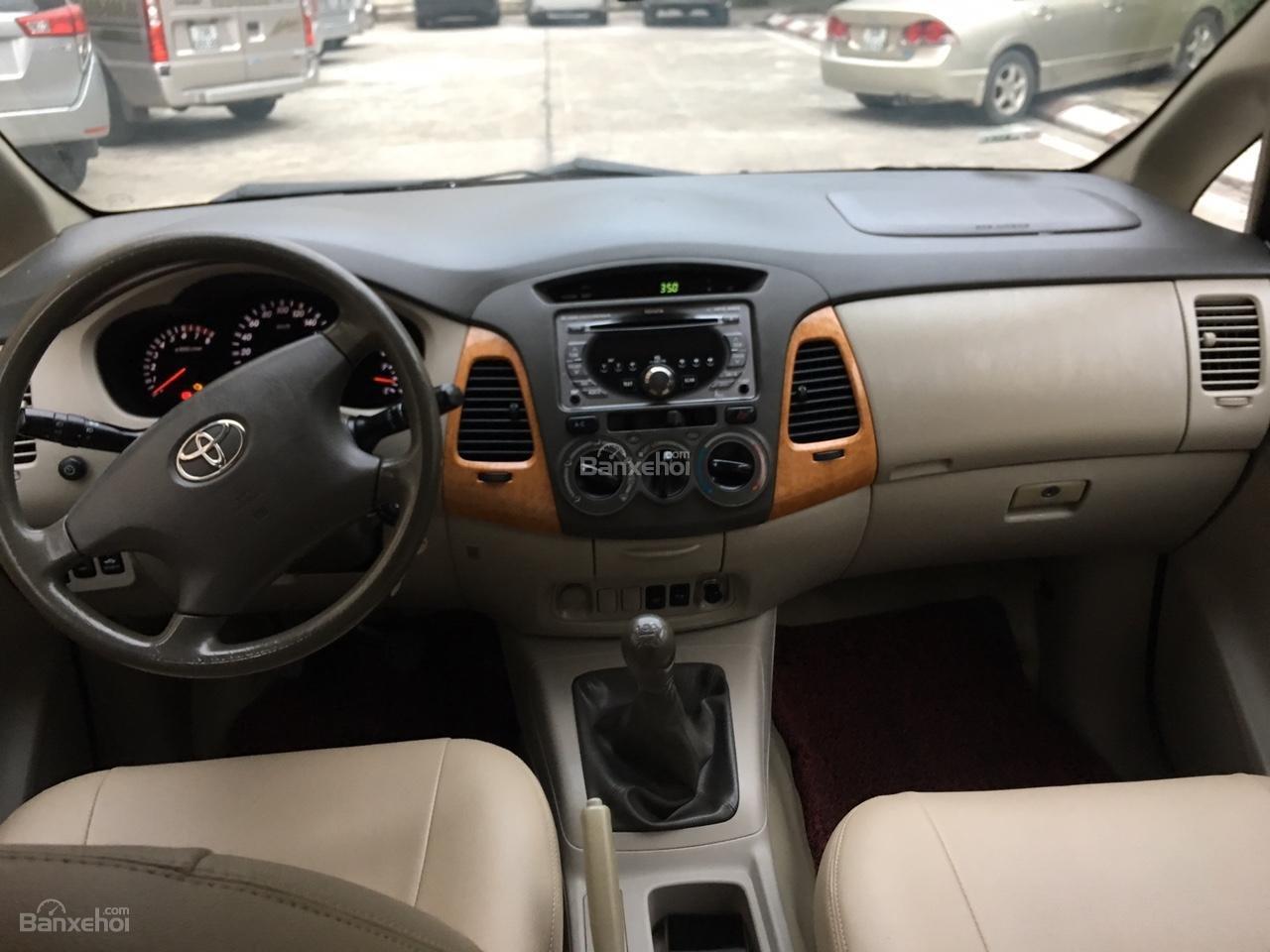 Bán xe Toyota Innova G chính chủ, biển siêu đẹp tứ quý 30M-9999-4