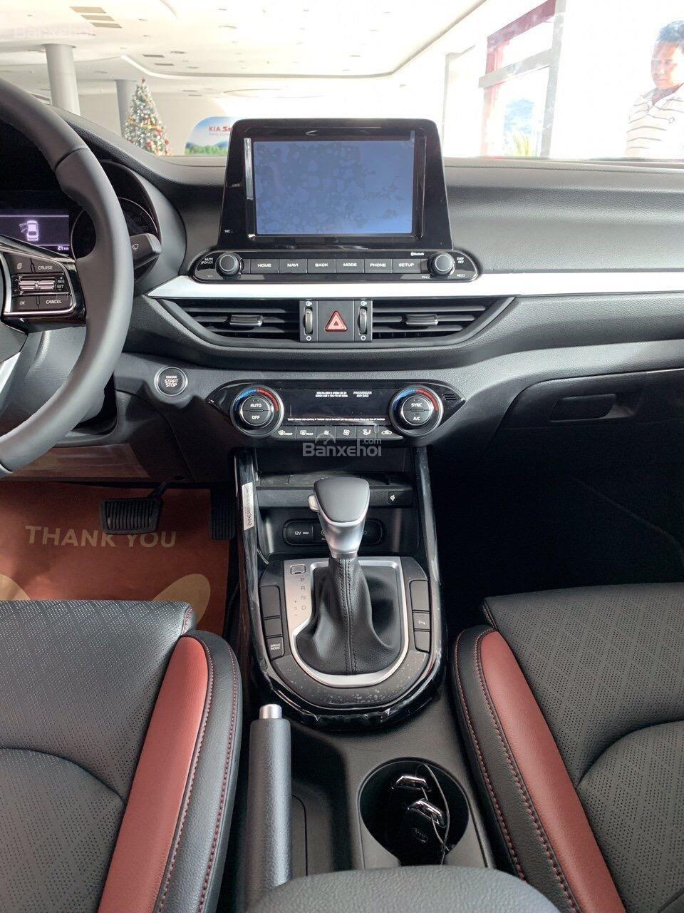 Bán Kia Cerato 1.6 Deluxe có đủ xe, đủ màu, giao ngay-5