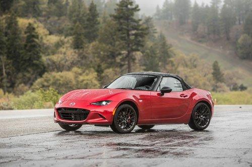 10 mẫu xe giá rẻ tốt nhất hiện nay: Mazda MX-5.