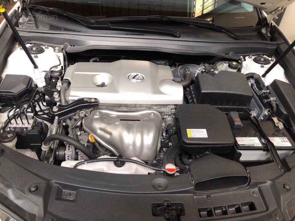 Bán Lexus ES 2.0 năm sản xuất 2016, zin 100% xe mới đi 13.000km màu trắng, xe nhập bao check hãng-7
