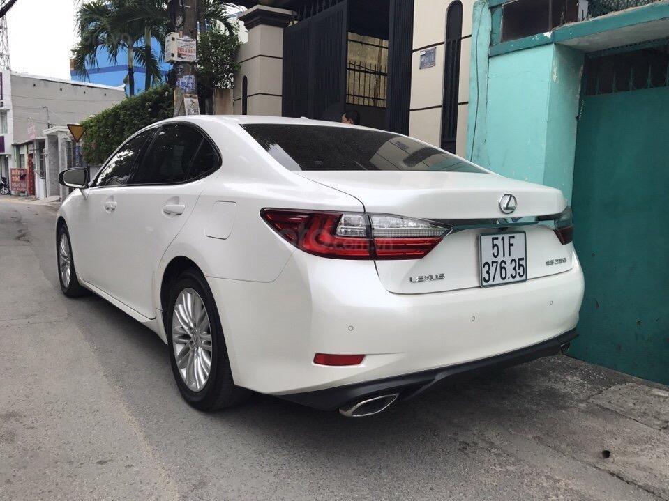 Bán Lexus ES 2.0 năm sản xuất 2016, zin 100% xe mới đi 13.000km màu trắng, xe nhập bao check hãng-4