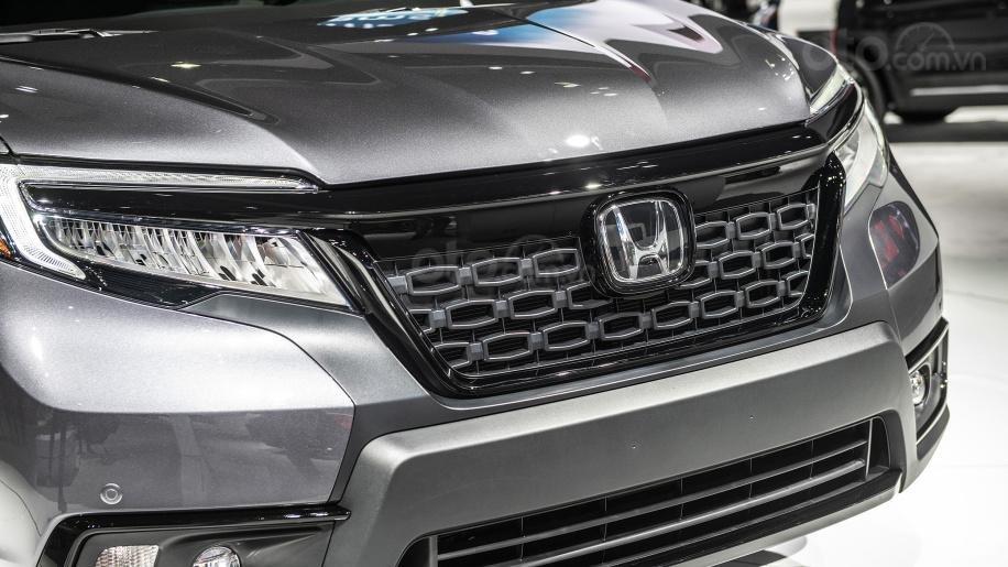 Mũi xe Honda Passport 2019