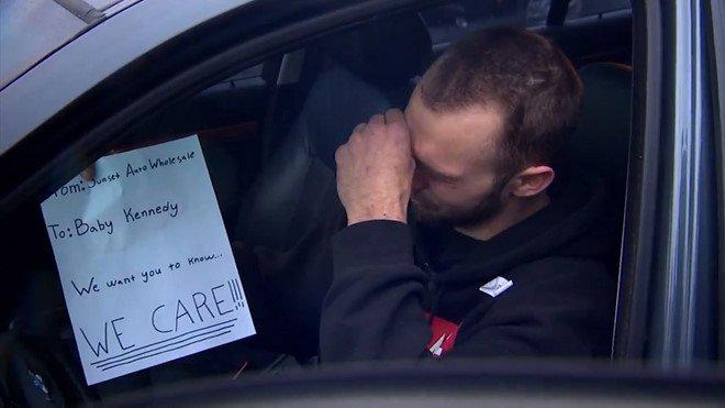 Trent xúc động vì nhận được chiếc BMW 528