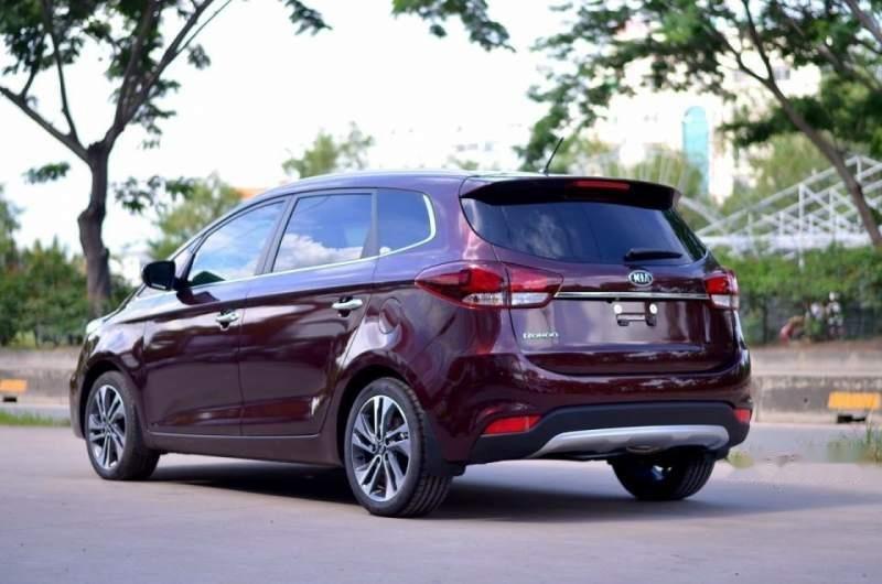 Cần bán Kia Rondo GAT đời 2018, giá 668tr-1