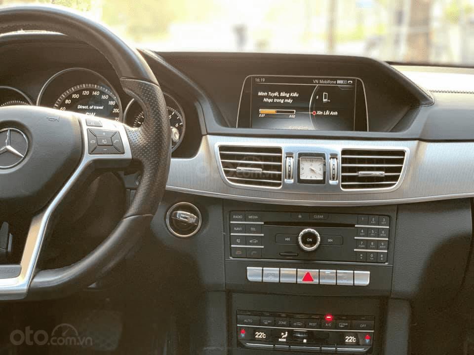 Bán xe Mercedes-Benz C class đời 2015 màu đen, giá 1 tỷ 430 triệu-6