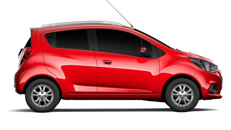 So sánh xe VinFast Fadil 2019 và Chevrolet Spark 2019 về thân xe 3