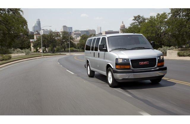 Chevrolet Express / GMC Savana đầu xe