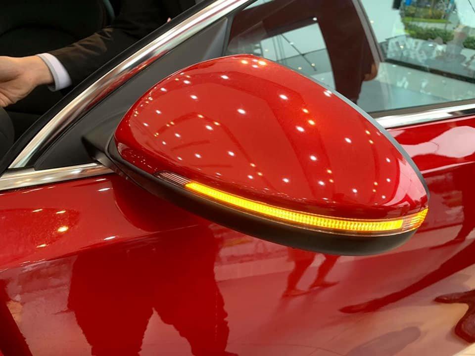 Gương chiếu hậu xe Kia Cerato 2019 màu đỏ
