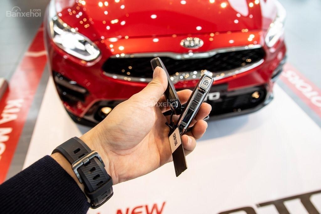 Chìa khóa xe Kia Cerato 2019
