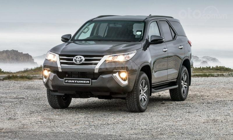 Toyota Fortuner 2019 đang bán ra tại Việt Nam...