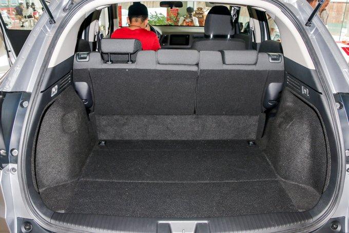 Honda HR-V 2018 sở hữu khoang hành lý có dung tích 437L a2