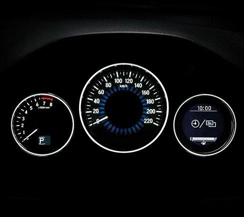 Cụm đồng hồ của Honda HR-V 2018 theo phong cách trẻ trung, bắt mắt a1