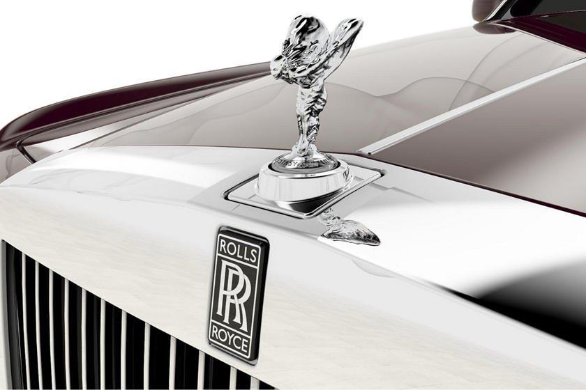 Khám phá 10 logo trên mui xe ấn tượng nhất toàn cầu - Rolls-Royce Spirit of Ecstasy 1.