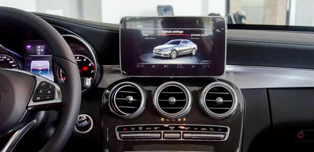 Mercedes-Benz C250 Exclusive và C300 AMG về trang bị tiện nghi 2