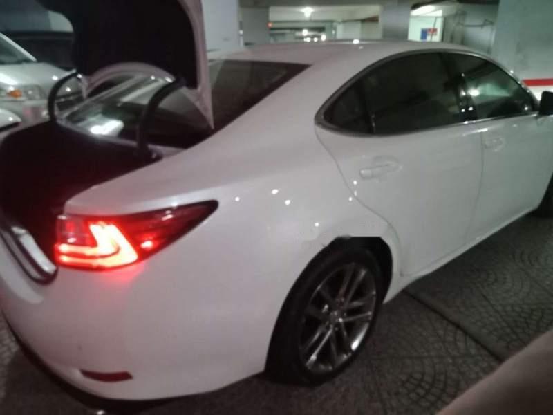 Cần bán gấp Lexus ES 250 đời 2017, màu trắng, còn mới 95%-4