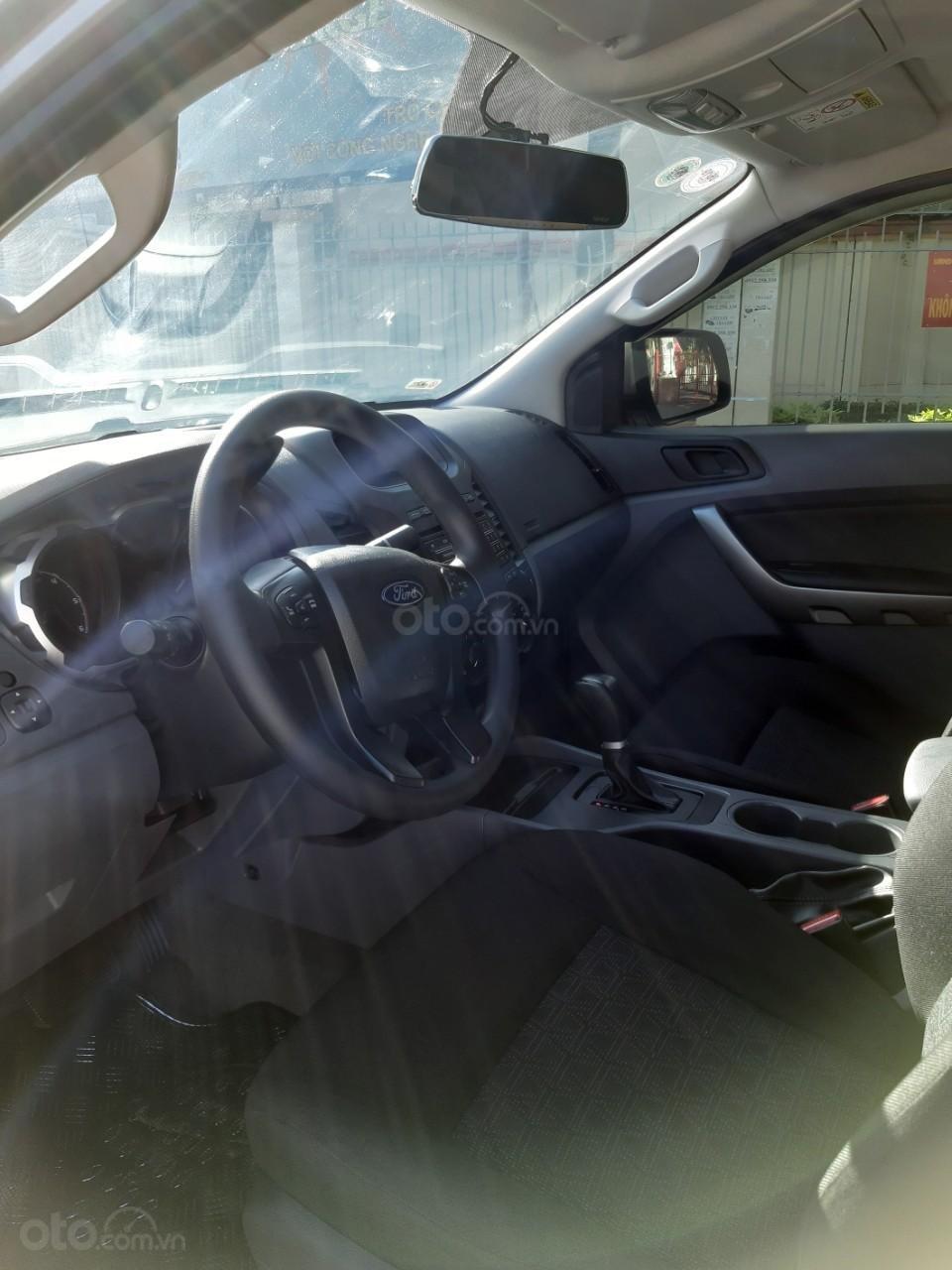 Bán Ford Ranger XLS model 2017, màu bạc, nhập khẩu, gắn thêm thùng còn mới toanh, giá 600tr-9