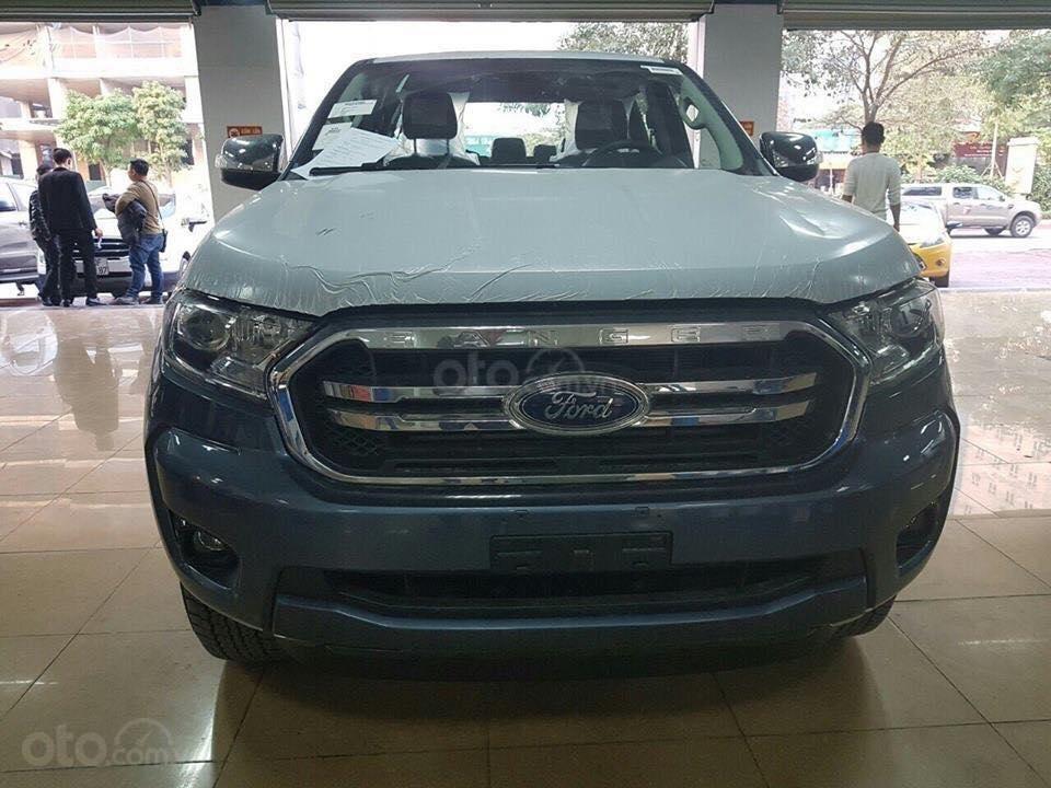 An đô Ford bán  Ford ranger đủ các phiên bản  XLS AT, MT (Wild track bitorbo..) giá tốt giao xe ngay LH 0974286009-1